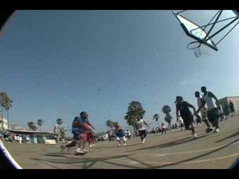 Real nice dunk at Venice Beach