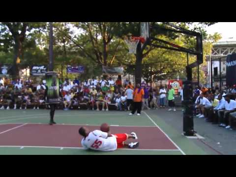 Amp vs. Everything: Basketball