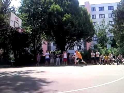 RBE 2009 - Dunking-Contest