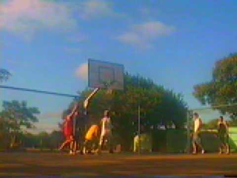 Joguinho de basquete em Canoas - Parque Eduardo Gomes (02)
