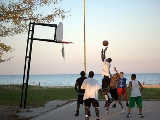 Foster Beach Basketball Court