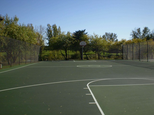 The basketball court at Lake Charleton Park in Downers Grove, IL