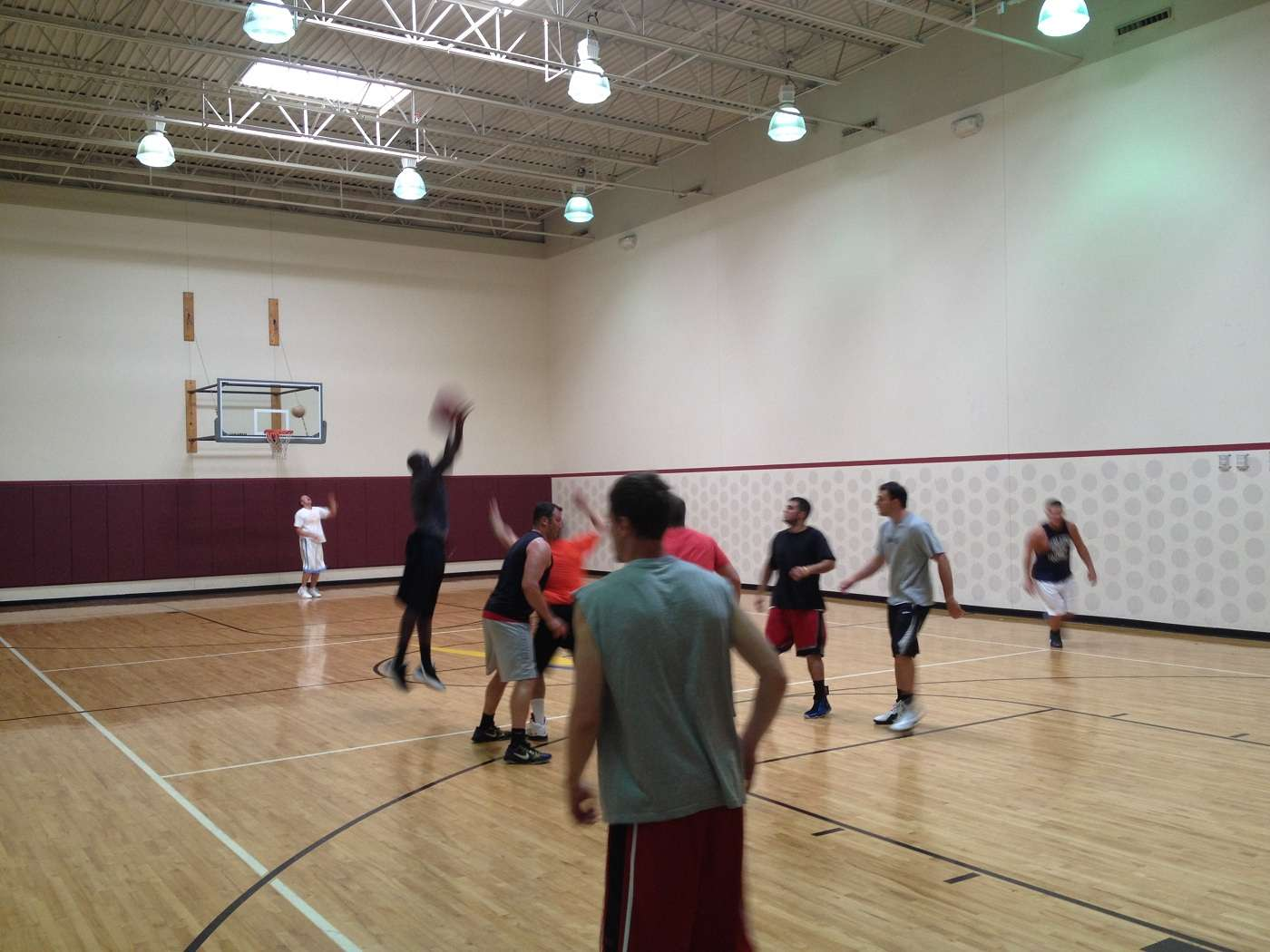 Oakdale (PA) United States  city pictures gallery : Bridgeville, PA Basketball Court: LA Fitness Courts of the World