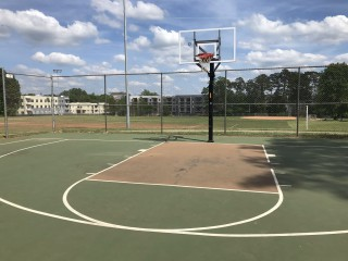Profile of the basketball court Veterans Park, Charlotte, NC, United States