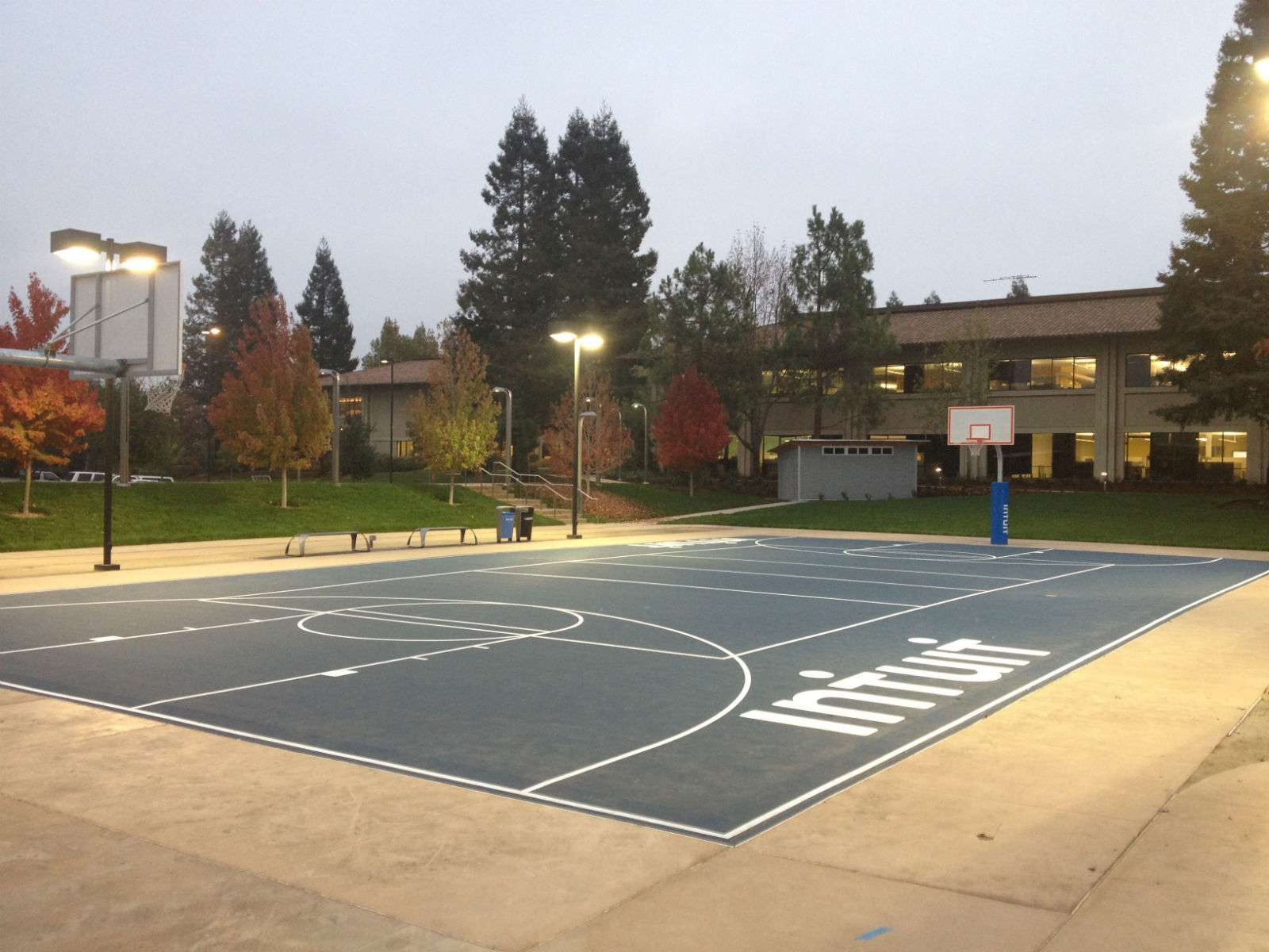 Intuit Full Basketball Court, Mountain View, CA, United States