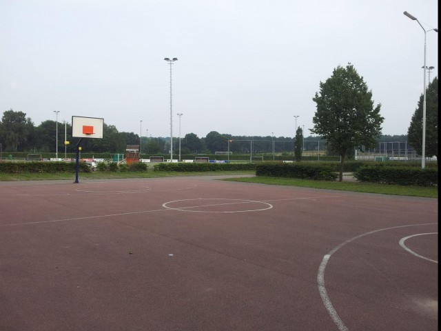 Profile of the basketball court D'Almarsasweg, Nimwegen, Netherlands