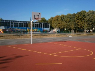 Profile of the basketball court Marroniers, Nanterre, France