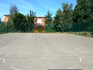 Profile of the basketball court Stainbeck Ave 28A, Leeds, United Kingdom