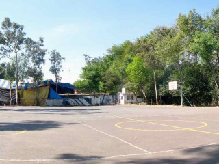 Nice panorama of the Basketball Courts at Viveros de Coyoacán