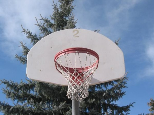 One of the two hoops @ Abbot Park