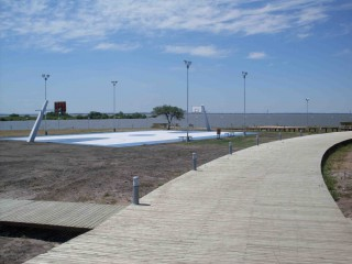 Nice seaside court in Federation, Argentina.