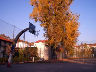 The basketball court in Engelgasse.