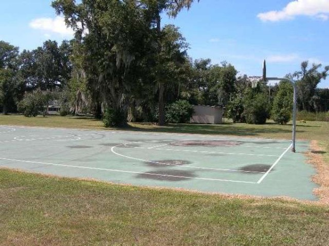 public basketball court @ bartows homeland heritage park