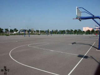 The basketball courts at Henan University.