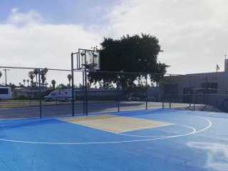 Profile of the basketball court Ocean Beach Rec Center, San Diego, CA, United States
